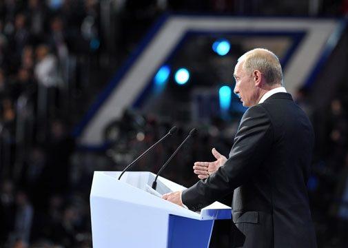Путин заглянул на съезд «Единой России», но не как гость