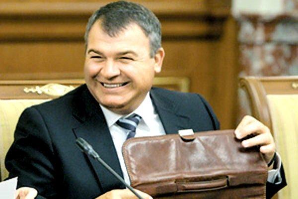 Сердюков получил руководящую должность в «Ростехнологиях»