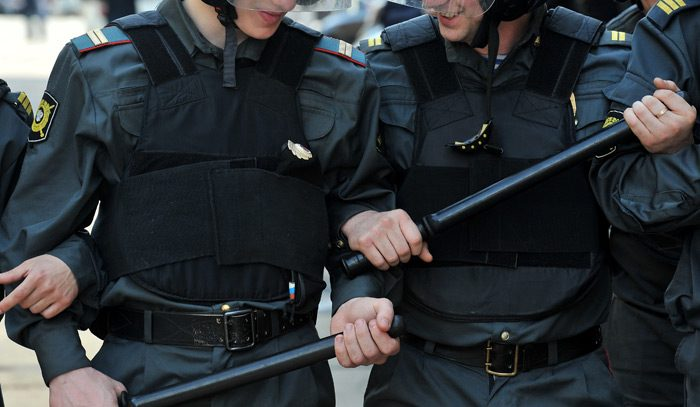 Уголовное дело за фальшивый QR-код: в Москве стали жестко бороться с антипрививочниками