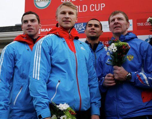 Российская четверка завоевала серебряную медаль на этапе Кубка мира по бобслею и скелетону