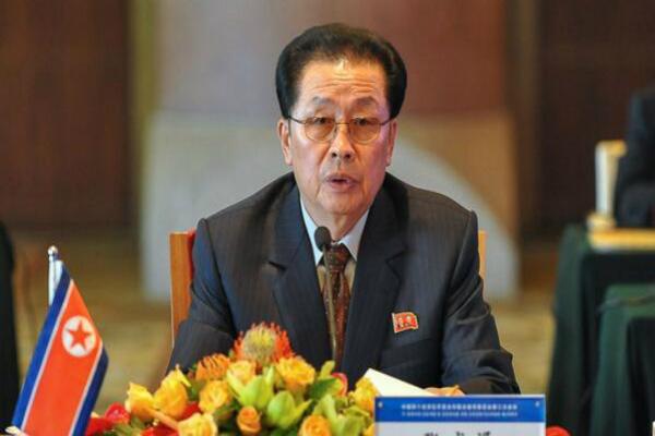 Дядю Ким Чен Ына казнили за попытку свергнуть государственный строй