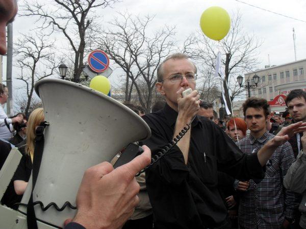 Олег Шеин собрал  на митинге против коррупции больше 1000 астраханцев