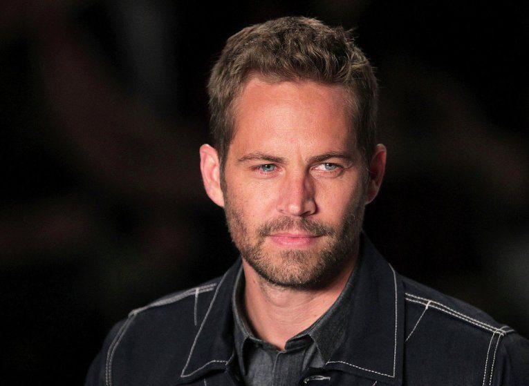 Актер из фильма «Форсаж» Пол Уокер погиб в автокатастрофе.