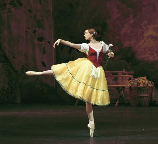 Балерина Анна Антоничева рассказала о склоках в Большом театре и личной жизни