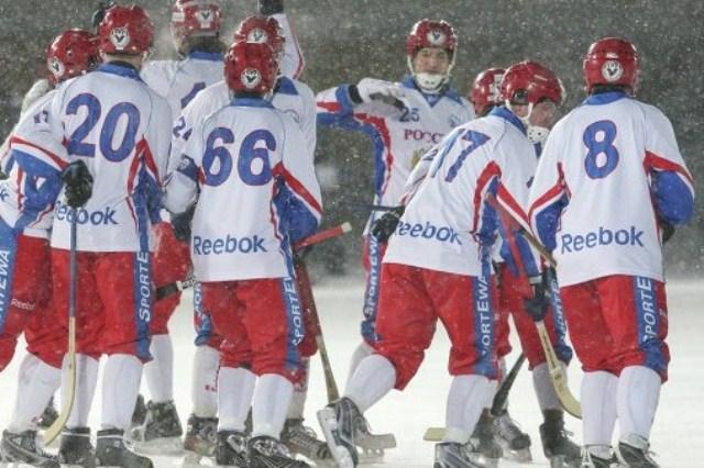 Молодежная сборная по хоккею с мячом выиграла чемпионат мира