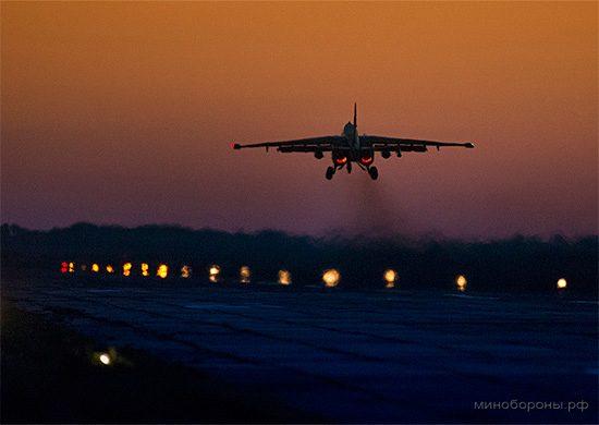 Россия доверила молодым летчикам новое супер-оружие.