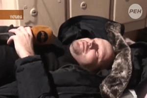 Украина: в журналистов стреляют резиновыми пулями и швыряют гранаты