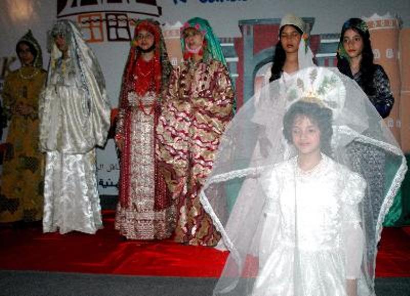 Правозащитники помешали свадьбе восьмилетней девочки и ее дяди в Йемене
