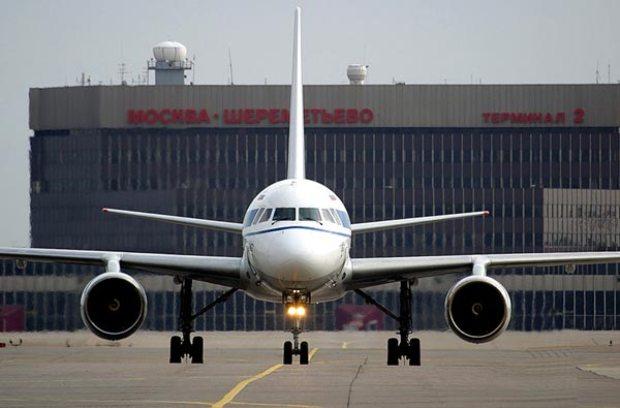 Аэропорт «Шереметьево» запретил везти жидкости