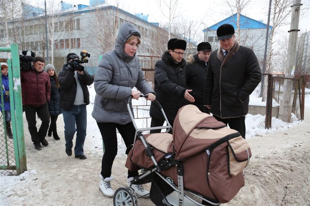 Красноярские дорожники убрали за мэром снег