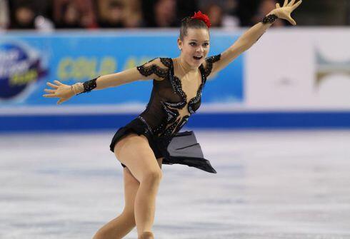 Сотникова выиграла короткую программу на чемпионате Европы по фигурному катанию