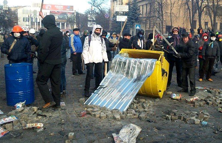 Число погибших в Киеве увеличилось до пяти