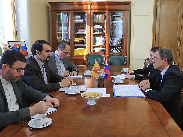 В Москве состоялась встреча вице-спикера Государственной Думы Николая Левичева с послом Ирана в России Мехди Санаи