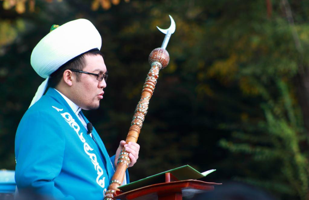 Муфтий Киргизии ушел в отставку после секс-скандала