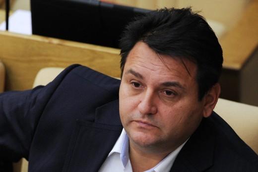 Олег Михеев хочет запретить журналистам писать, что пить водку – русская традиция