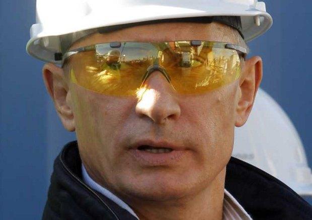 Путин призывает к наведению порядка в сфере ЖКХ