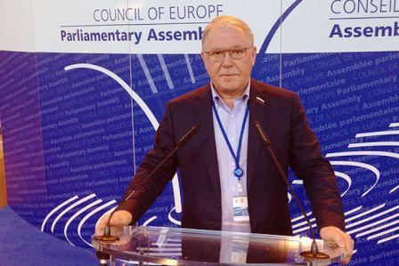 Александр Романович призвал Запад ответственнее относиться к ситуации на Украине