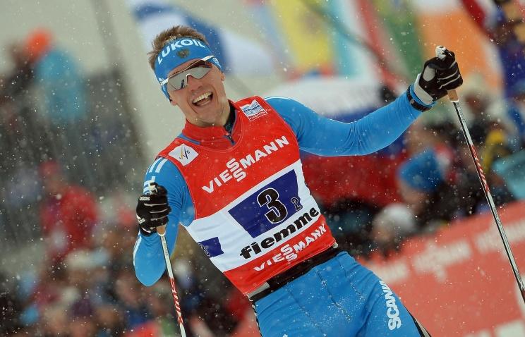 Российские лыжники взяли золото в спринте классическим стилем среди резервов