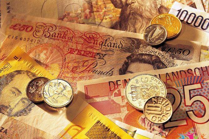 Глава Сбербанка Герман Греф назвал самые надежные валюты