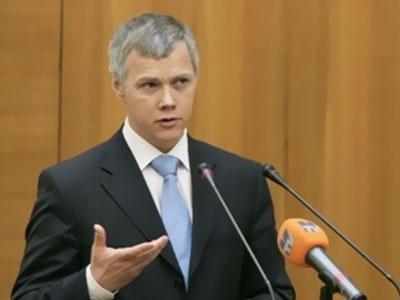 Валерий Гартунг критически оценил доклад министра промышленности Дениса Мантурова на «правительственном часе» в Госдуме