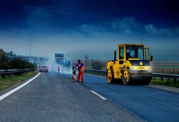 Водители выбрали города России с лучшими и худшими дорогами