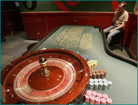 Замначальника полиции района в Москве «крышевал» подпольное казино