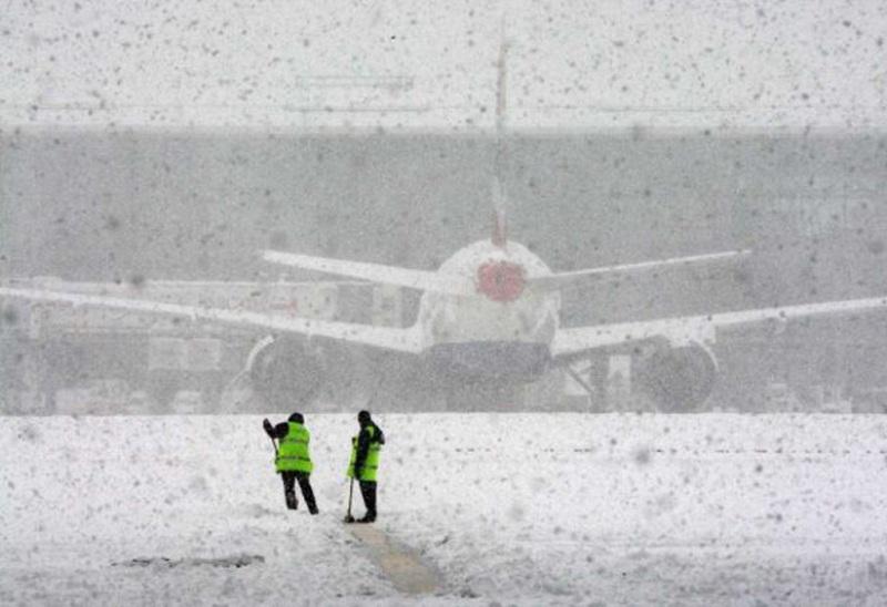 Международный аэропорт Волгограда из-за снегопада работает по фактической погоде