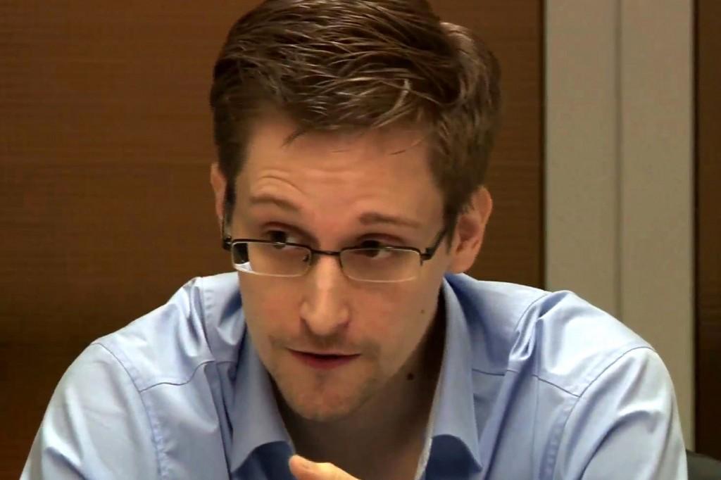 Эдвард Сноуден опасается за свою жизнь