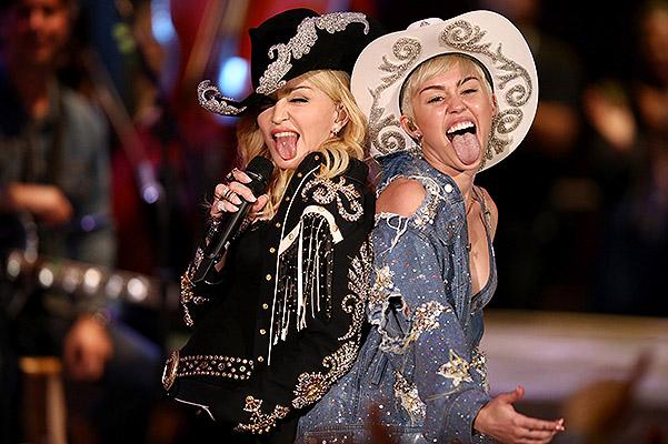 Майли Сайрус и Мадонна спели вместе. Фото