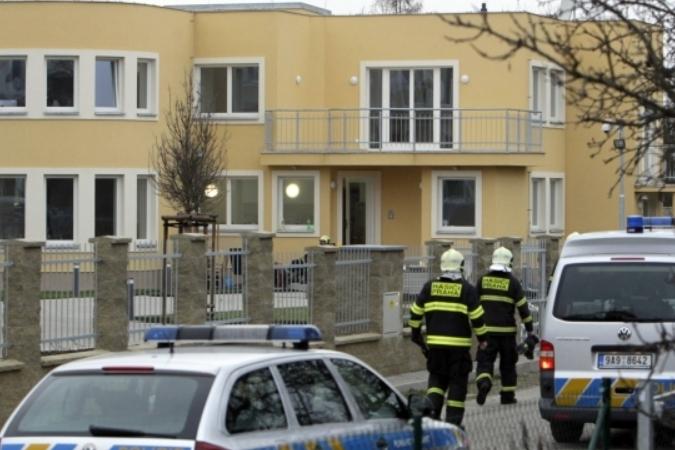 Полиция Чехии обнаружила взрывчатку в палестинском посольстве в Праге