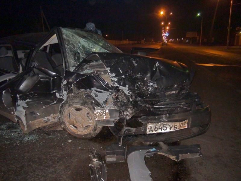 ДТП в Карачаево-Черкесии с участием полицейского: 2 погибших