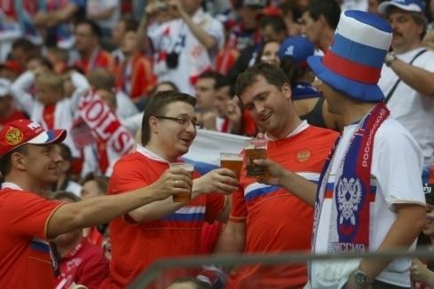 Госдума: пиву на стадионах не бывать!