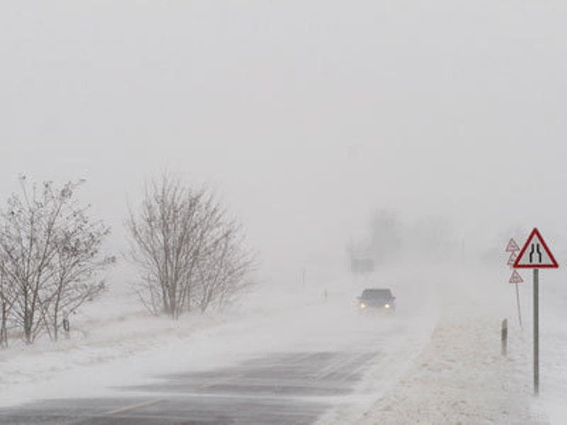 На Ставрополье из-за снегопада закрыто восемь федеральных трасс