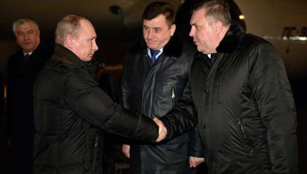 Президент провел совещание по антитеррору в Волгограде
