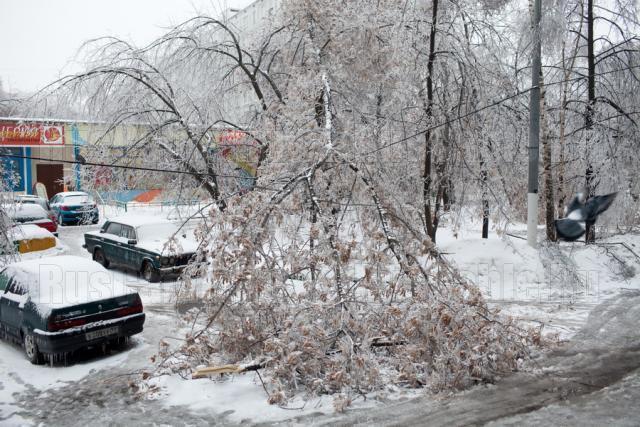 Из-за ледяного дождя в Ростове-на-Дону задерживаются авиарейсы