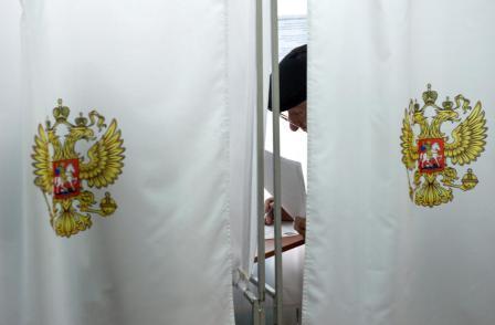 «Арсенал для жульничества значительно расширяется»: «Единая Россия» выступила за возможность трехдневного голосования на выборах
