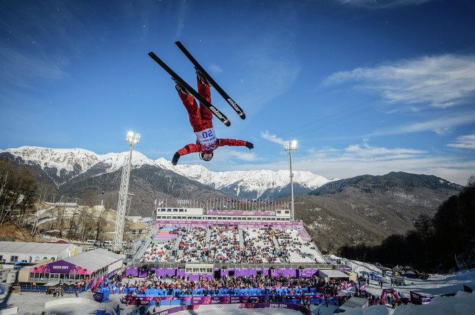 Российская фристайлистка Ассоль Сливец отобралась в финал соревнований в акробатике