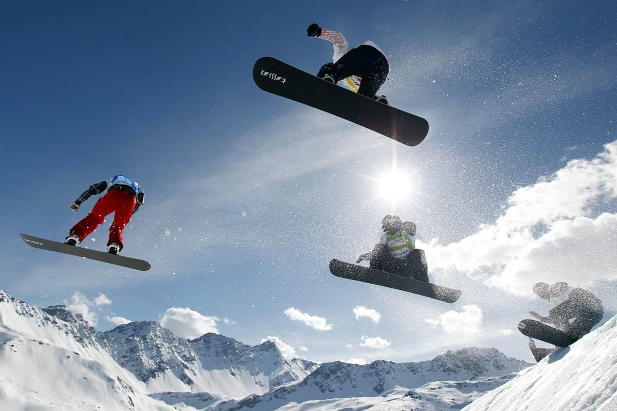 В сноуборд-кроссе у женщин золото взяла спортсменка из Чехии