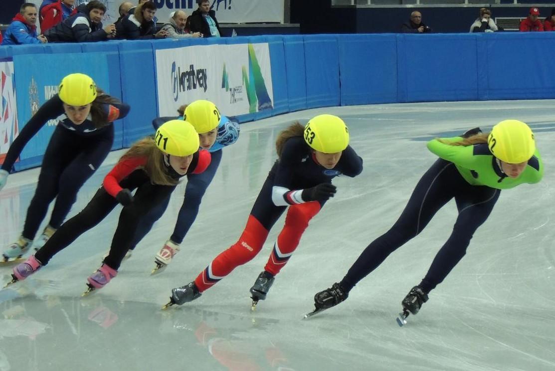 Конькобежка от сборной Голландии установила новый Олимпийский рекорд на дистанции 1500 м