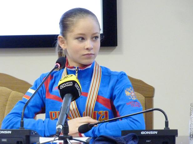Федерация фигурного катания опровергла информацию об уходе Липницкой от тренера