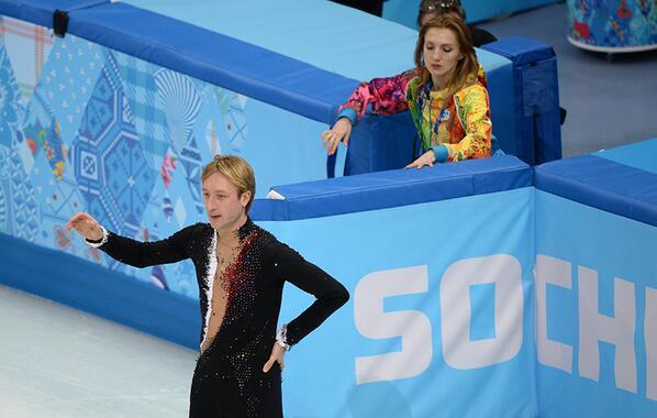 Плющенко заставили выйти на лед в индивидуальном турнире?