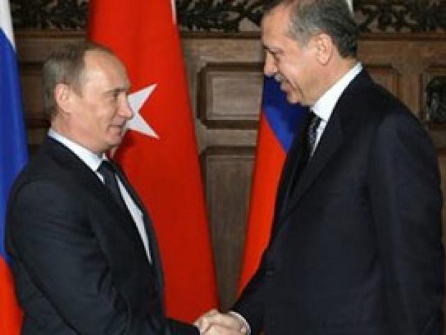 Турецкий премьер поговорил с российским президентом: крымские татары не будут мешать