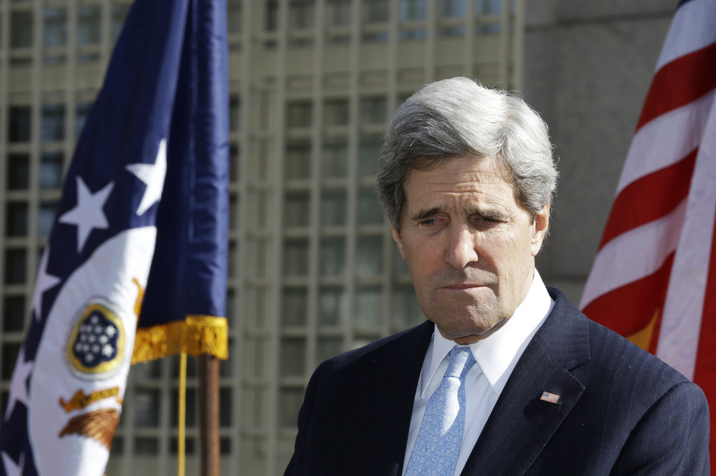 Госсекретарь США Керри сравнил Россию с фашистской Германией перед II Мировой войной. США готовят новые санкции