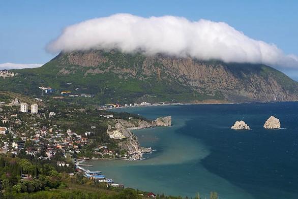 Более 130 объектов туристического значения пройдут обязательную национализацию в республике Крым.