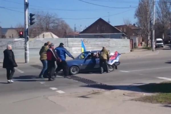 Новое видео нападения на автоколонну в Запорожье