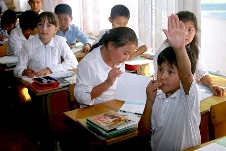 В Бишкеке могут открыть школы для одаренных детей