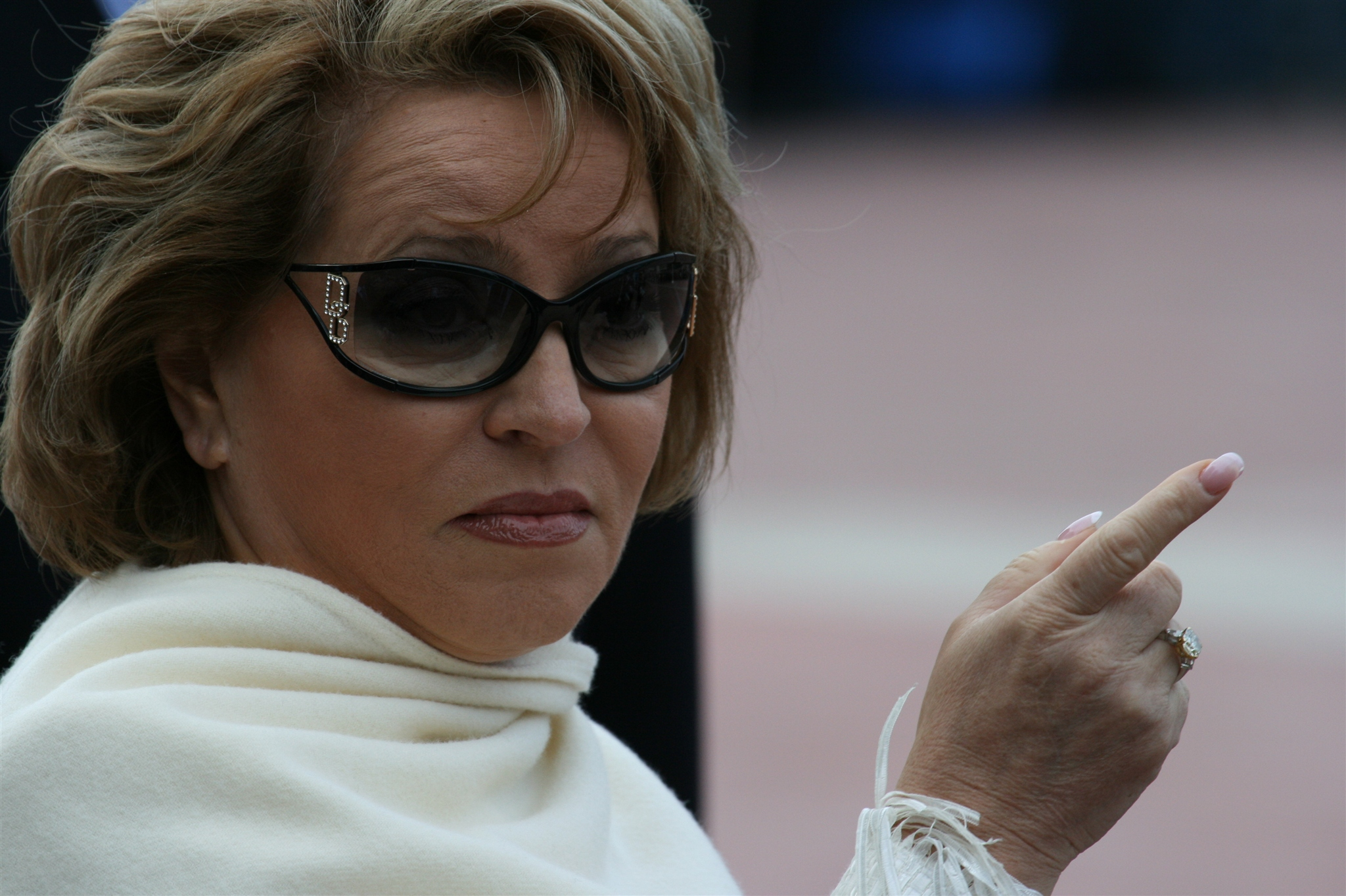 Матвиенко призвала вдвое сократить количество федеральных чиновников в регионах