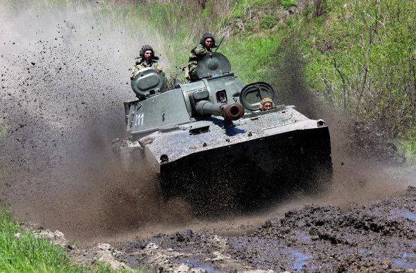 Военные учения в западных областях России продлятся до конца марта