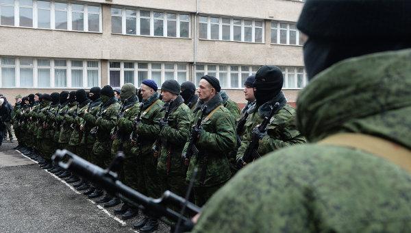 По уточненным данным, в результате снайперской стрельбы в Симферополе погибли два человека