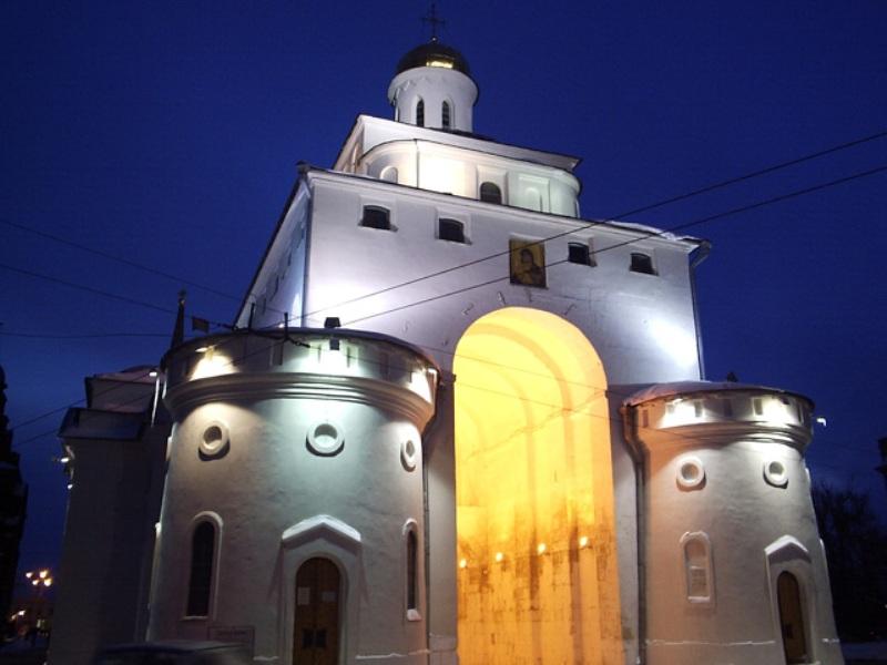 ДТП во Владимире: пострадал памятник 12 века